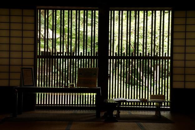 和風家屋の窓201607