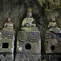 写真: 臼杵石仏・ホキ石仏第一群第三龕・如来三尊像 - 08