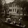 写真: 川船