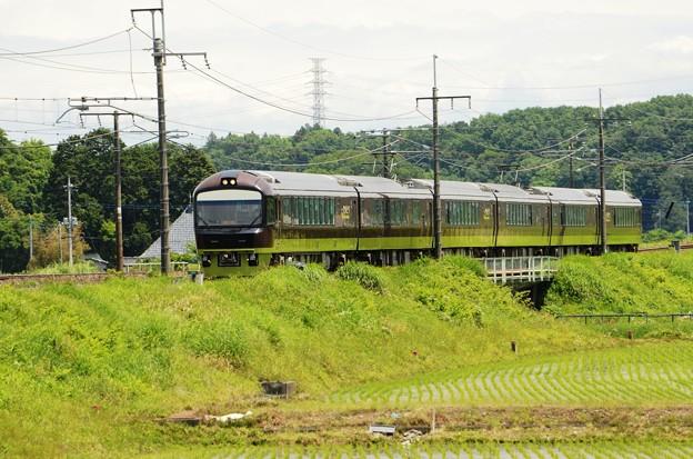 Photos: 緑の宇都宮線を行くリゾートやまどり485系