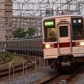 夕陽色の東武10030系