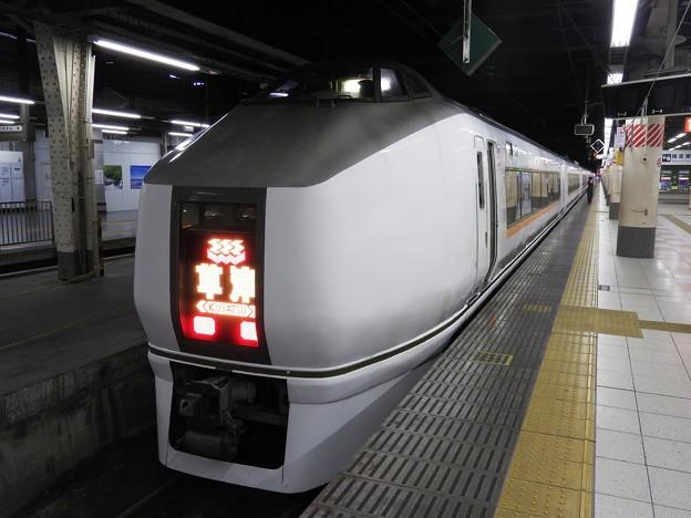 Photos: 651系特急草津3号上野12番まもなく発車