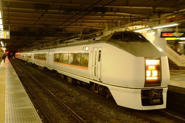 Photos: 651系特急草津4号大宮6番発車