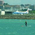 写真: 離発着@那覇空港