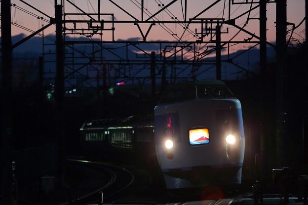 Photos: 189系 M50編成ホリデー快速富士山