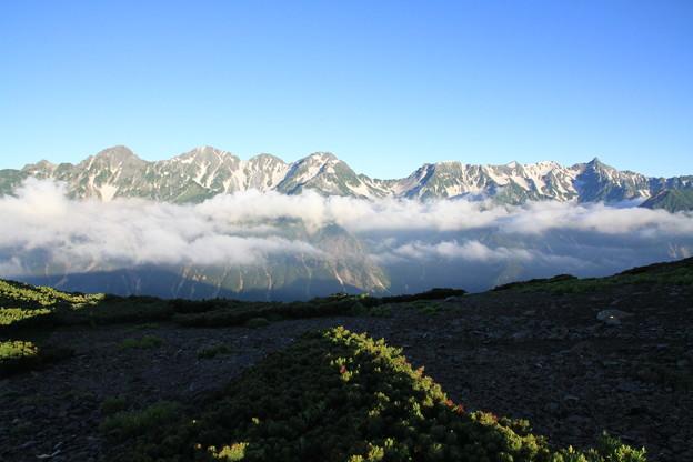 Photos: 100722-55蝶ヶ岳登山・穂高連峰と槍ヶ岳