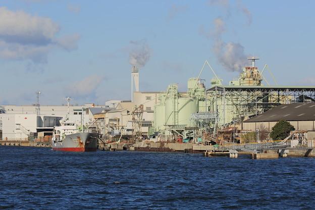 旧堺港の工場