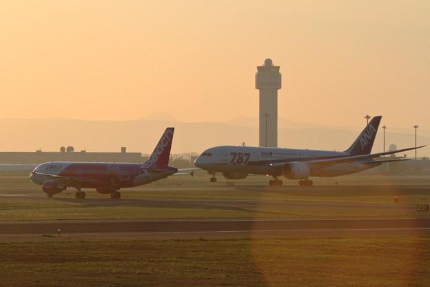 A320+B787 夕焼け