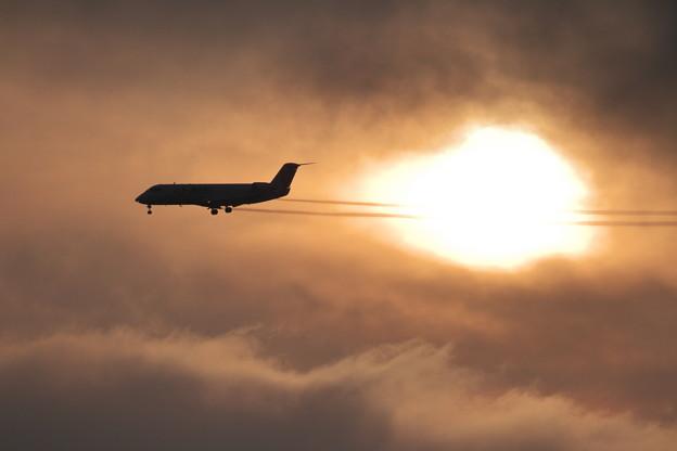CRJとSea fogと夕陽