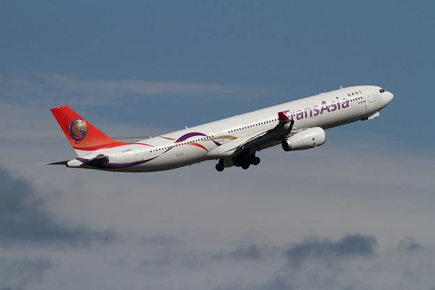 A330-300 B-22102 復興航空
