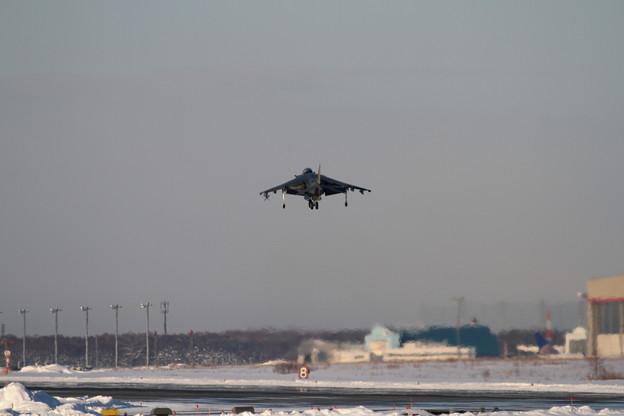 AV-8B WH-03 landing