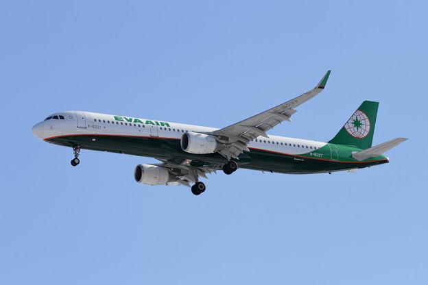 A321 B-16227 EVA AIR