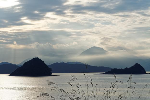 大島富士は雲の中