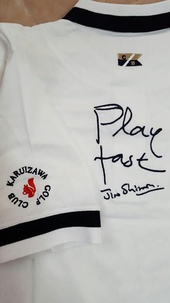 写真: 軽井沢ゴルフ倶楽部のplay fastのポロシャツ