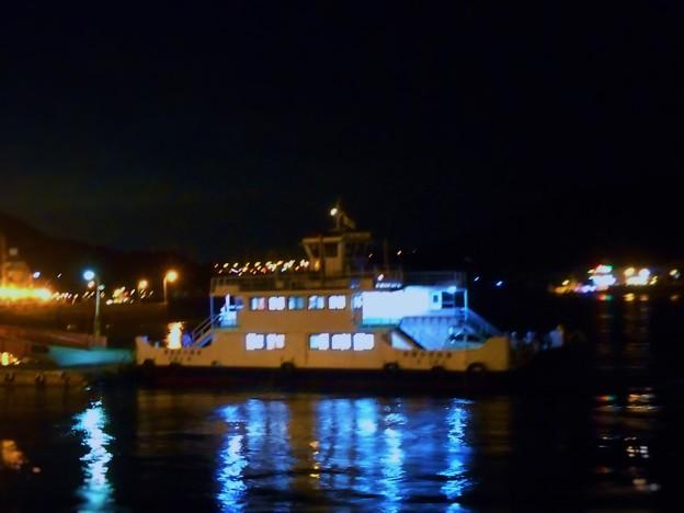 海岸通りの夜景(夕涼み)