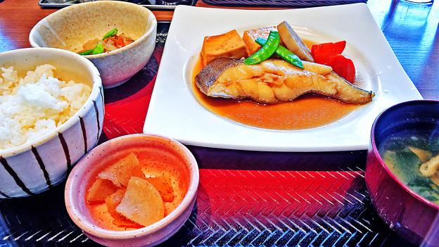 大戸屋 ( 成増 )  カラスガレイの煮つけ定食