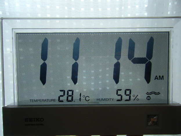 2016.7.8室内温度計は・・・
