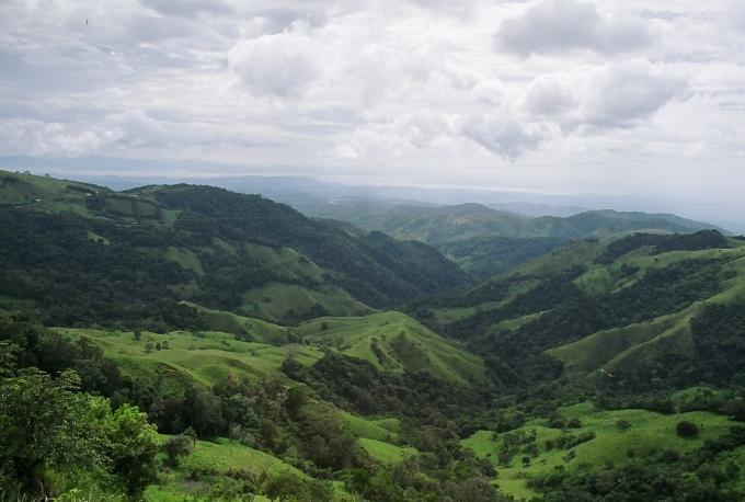 モンテヴェルデの山々