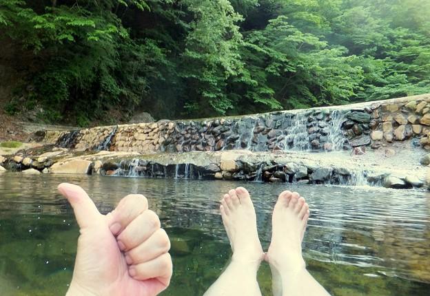 露天風呂で温まる