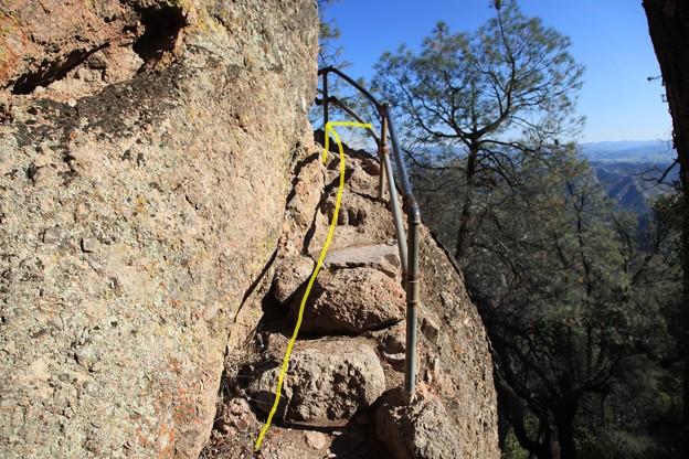 Pinnacles NPのトレイル (1)