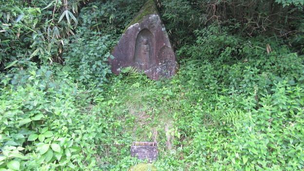 元箱根石仏群/箱根地蔵磨崖仏(六道地蔵。箱根町)