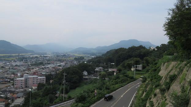 Photos: 正覚寺(沼田市)正面右方 沼田城