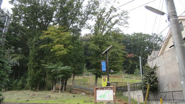 久米川古戦場(東村山市)八国山