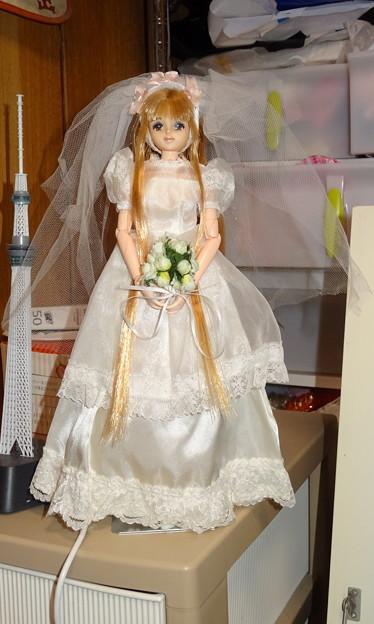 """ウェディングドレス""""スウィートメモリアル""""を着たファーストジェニー"""
