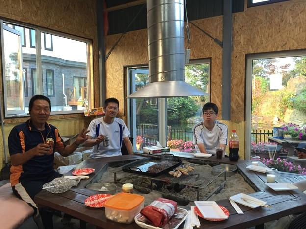 Photos: この焼肉小屋を自分で作った兄貴と