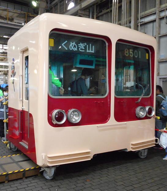 新京成電鉄クハ8501カットボディ 2016-10-29