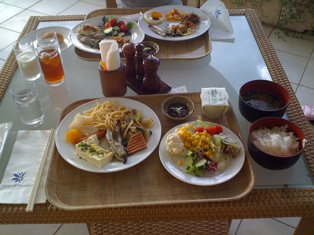 Breakfast at Nago