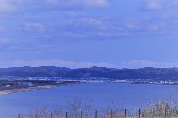 河北潟から 劔岳と立山連峰