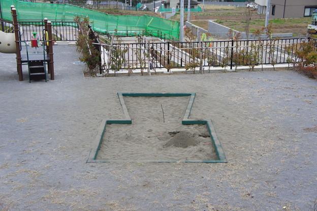 古墳公園の砂場