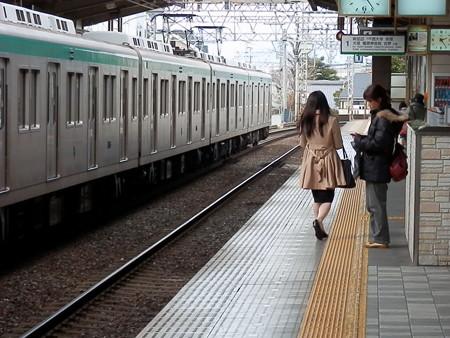 桃山御陵前駅の写真0001