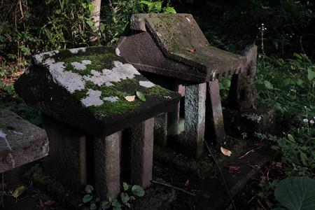 根小屋城温泉_祠-1509