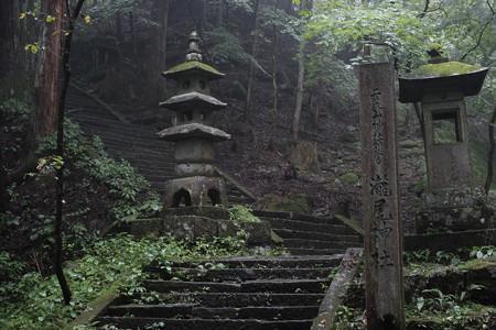瀧尾神社_09参道-6736
