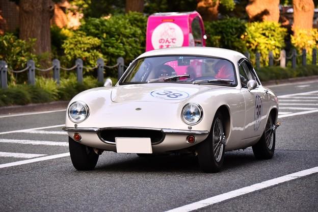 RALLY YOKOHAMA 名車 ロータス ELITE SR?。。in山下公園