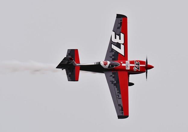 飛びが違うマスターズクラス 37のポドランセックレーシング。。20160605