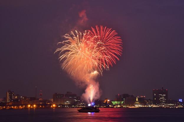 撮って出し。。横浜トワイライトスパークリング 最後の締め花火。。7月17日