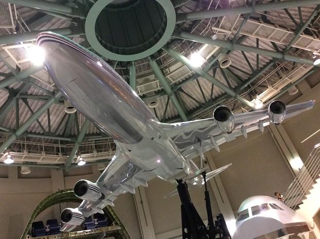 航空科学博物館のシュミレーターで連動するB747。。20160626