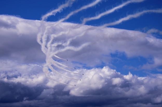 雲が多く出てきてチェンジオーバーターン。。三沢基地航空祭予行練習