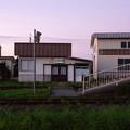 夕暮れ静寂な廃線駅。。十和田湖観光鉄道 七百駅構内 20160910