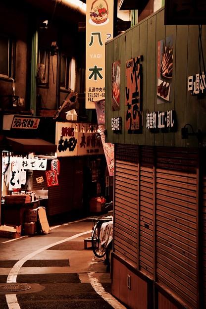 古臭さ残して。。昭和レトロ 旦過市場 20161007