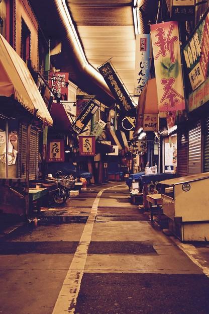 Photos: 夜の旦過市場を散歩。。昭和時代残る風景 20161007