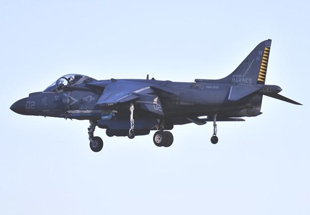 撮って出し。。今日の厚木基地 2機目のラスティのハリアー WH02 飛来 12月16日