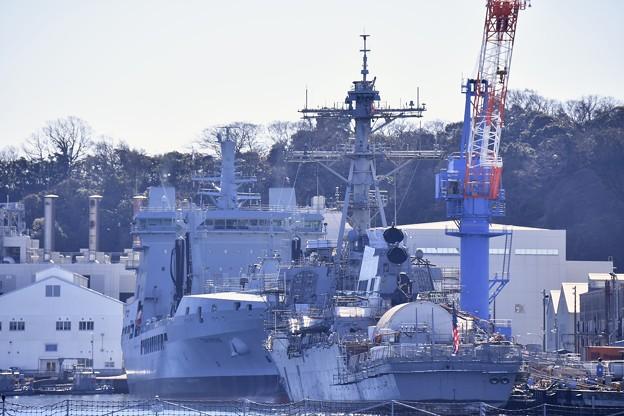 Photos: 撮って出し。。横須賀基地 珍しい艦船イギリス海軍給油艦TIDE SPRING A136寄港 2月12日
