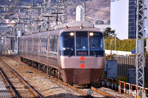 撮って出し。。小田急ロマンスカーEXE30000系 さがみ号 開成駅通過。。2月19日