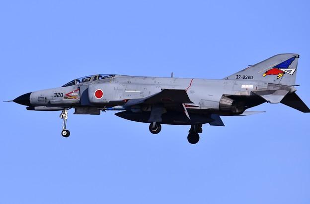 写真: 百里のオオジロワシのF-4ファントムアプローチ 20170224