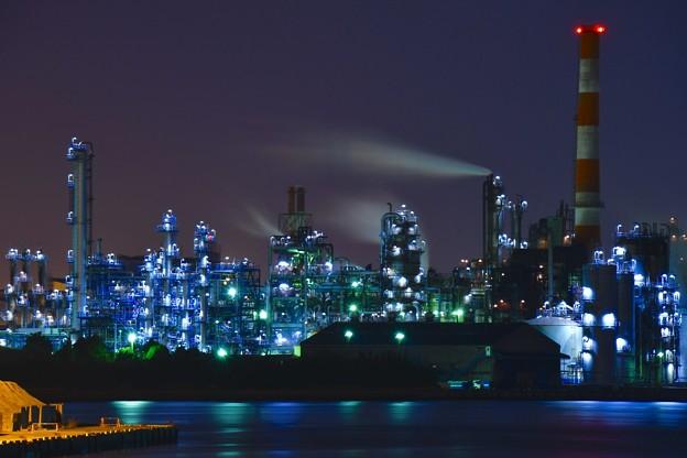 夜の水江運河から見る工場夜景。。20170304