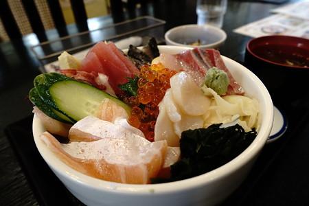 琥珀丼(道の駅・くじ【岩手】)
